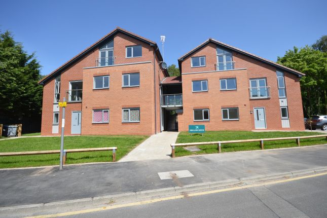 Thumbnail Flat to rent in Swallow Green, Bridgewater Road, Altrincham