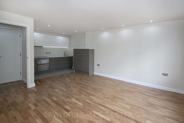 Thumbnail Property to rent in Charteris Road, Woodford Green