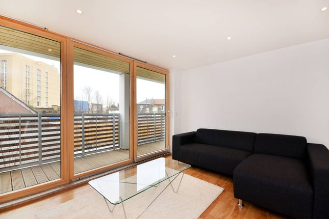 Thumbnail Flat to rent in The White Cube, Lewisham