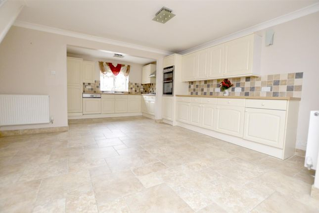 Thumbnail 3 bed terraced house for sale in Bramble Lane, Stonehouse, Gloucestershire