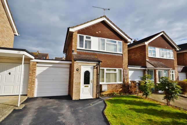 3 bed link-detached house for sale in Windrush Way, Abingdon