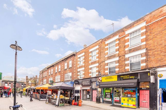 Maisonette for sale in Strutton Ground, Westminster, London