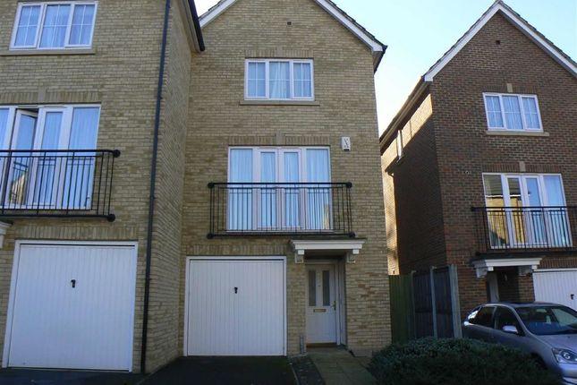 Thumbnail Town house to rent in Tregony Road, Farnborough, Orpington