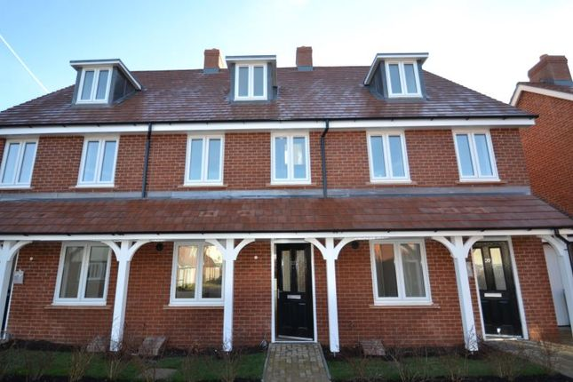 Thumbnail Town house to rent in Hawksley Crescent, Hailsham