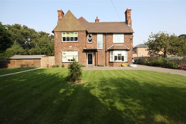 Thumbnail Detached house for sale in Church Lane, Marfleet, Hull