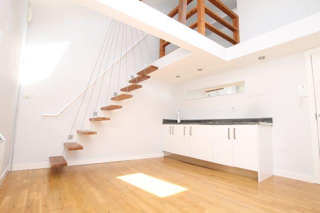 Studio to rent in Suffolk House, Princes Road, Weybridge