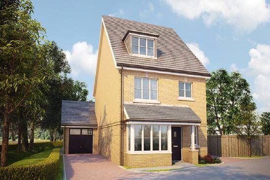 Thumbnail Detached house for sale in Bagshot Road, Knaphill, Surrey GU212Rn