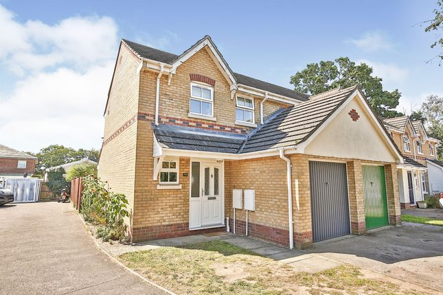 Thumbnail Link-detached house for sale in Old Warren, Taverham, Norwich