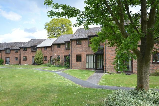 Thumbnail Flat to rent in Chiltlee Manor Estate, Liphook