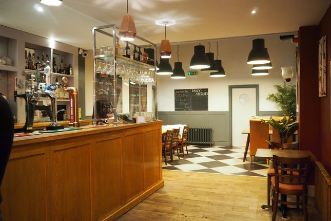 Thumbnail Restaurant/cafe for sale in Cafe & Sandwich Bars DN21, Lincolnshire