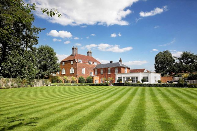 Thumbnail Detached house for sale in Wycombe End, Beaconsfield