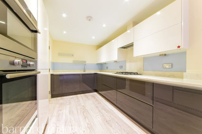 Thumbnail Town house for sale in Fallow Place, Teddington