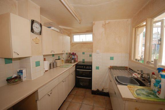 Kitchen of Lawn Vista, Sidmouth EX10
