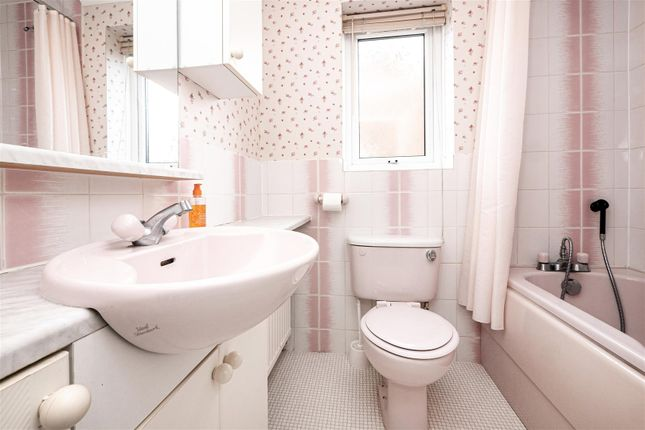 Property for sale in Pickering Avenue, Hornsea