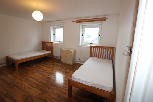 Thumbnail Shared accommodation for sale in Dalehead House, Harrington Sqaure