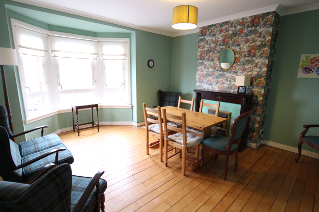 Thumbnail Flat to rent in Sutcliffe Road, Glasgow