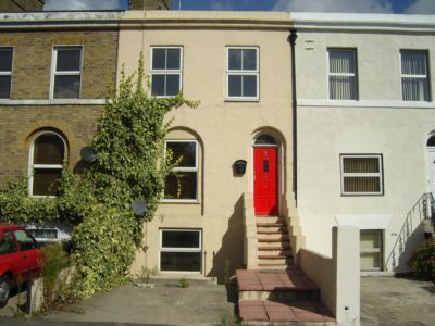 Thumbnail Terraced house to rent in Milton Road, Gravesend