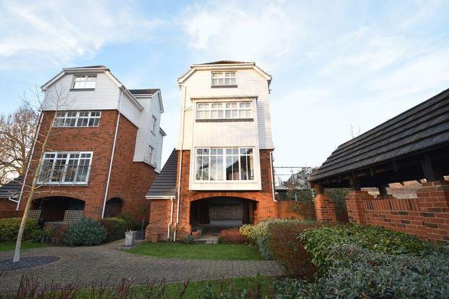 Thumbnail Detached house for sale in Eden View, High Street, Edenbridge