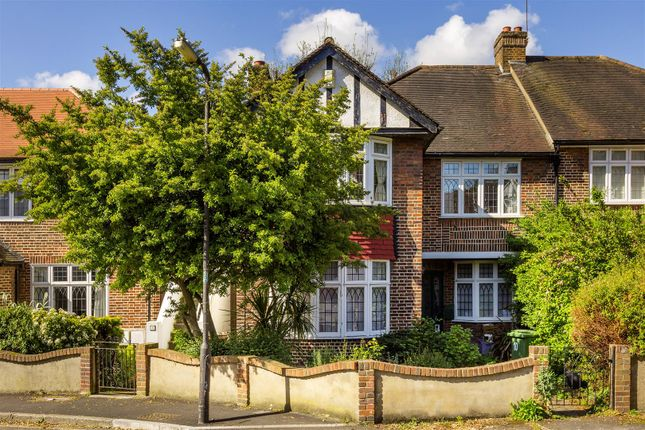 Thumbnail Maisonette for sale in Glendale Drive, London