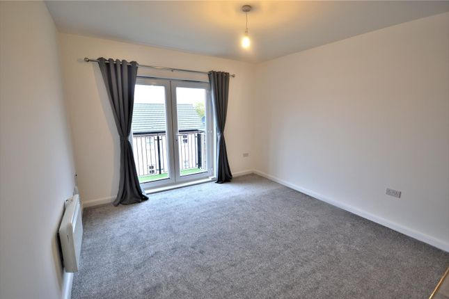 2 bed flat to rent in Lulworth Place, Warrington WA4