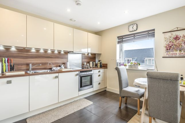 Kitchen of Heron House, Rushley Way, Reading RG2