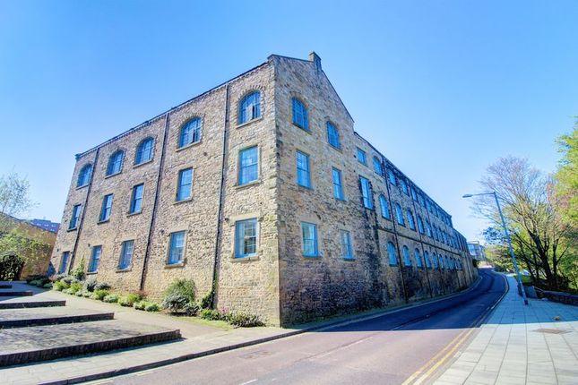Thumbnail Flat to rent in Fletcher Road, Gateshead