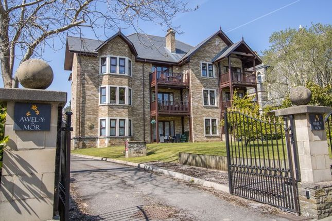 Thumbnail Flat for sale in Marine Parade, Penarth