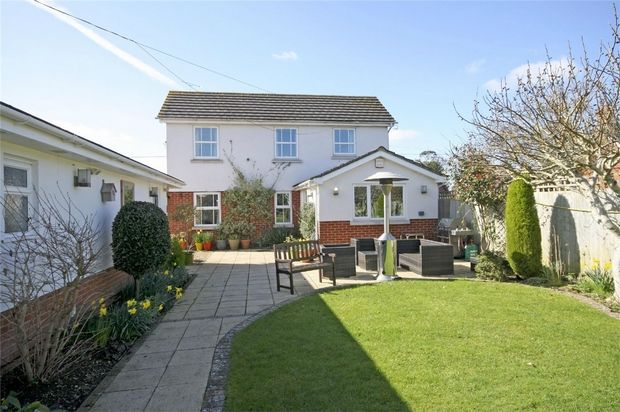 Thumbnail Detached house for sale in Fairlie, Ringwood