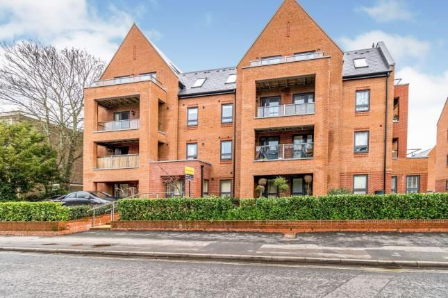 Thumbnail Flat for sale in Banister Park, Southampton, Hampshire