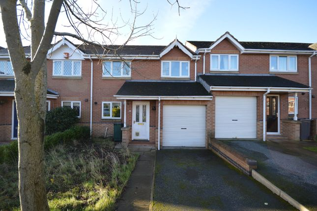 3 bed town house for sale in Stephenson Close, Dewsbury