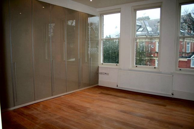 Thumbnail Flat to rent in Redington Road, Hampstead, London
