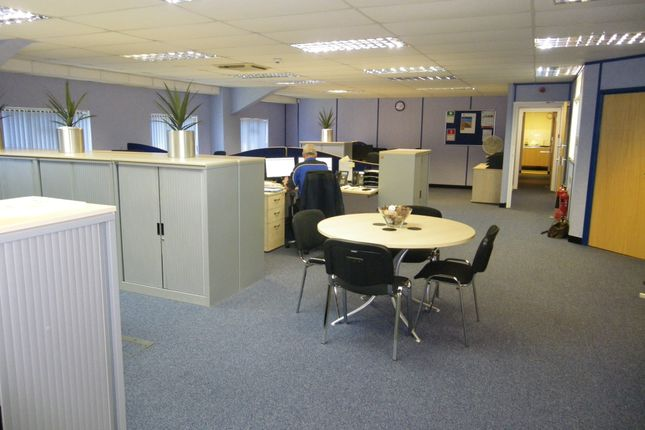 Thumbnail Warehouse to let in Red Shute Industrial Estate, Hermitage