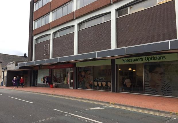 Thumbnail Retail premises to let in 10, Hill Street, Wrexham