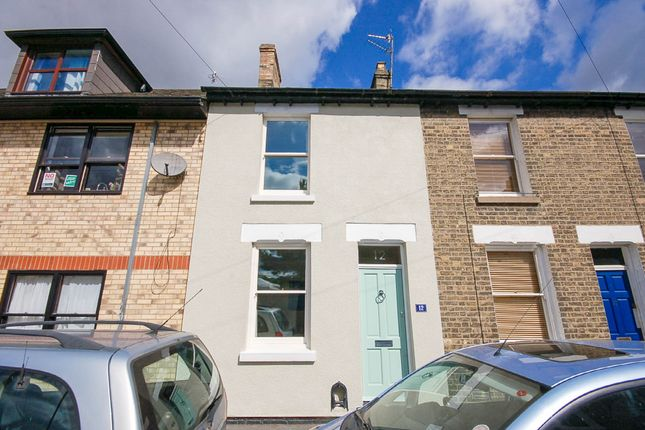 Thumbnail Terraced house for sale in Milford Street, Cambridge