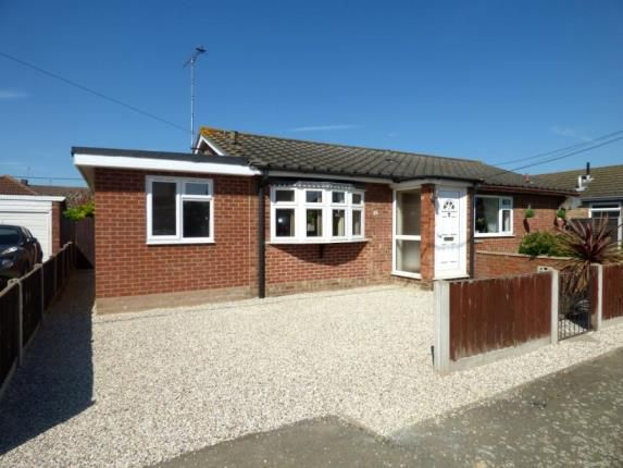 Thumbnail Bungalow for sale in Station Road, Canvey Island