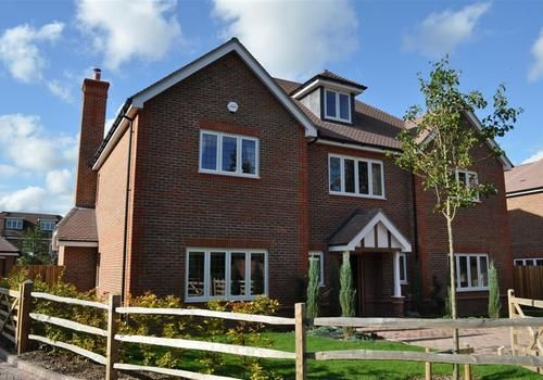 Thumbnail Detached house to rent in Temple Mead, Gerrards Cross, Buckinghamshire