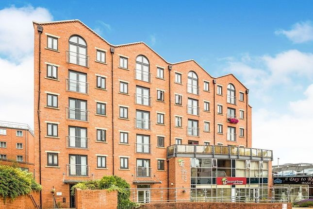 Flat for sale in Russell Street, Chester