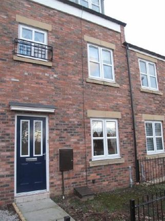 Main Picture of Claypit Close, South Shields NE33