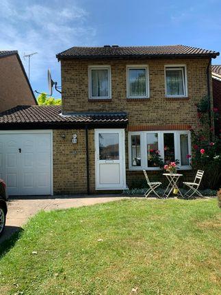 Thumbnail Detached house to rent in Sisinghurst Close, Crawleu