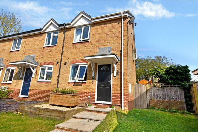 2 bed end terrace house for sale in Harrington Close, Newbury RG14
