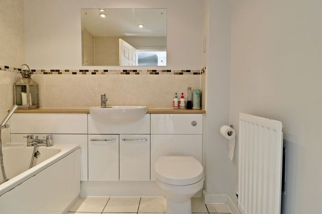Bathroom 1 of Amport Road, Sherfield-On-Loddon, Hook RG27