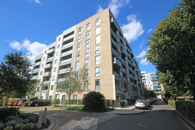 Thumbnail Flat for sale in Palmerston Road, London