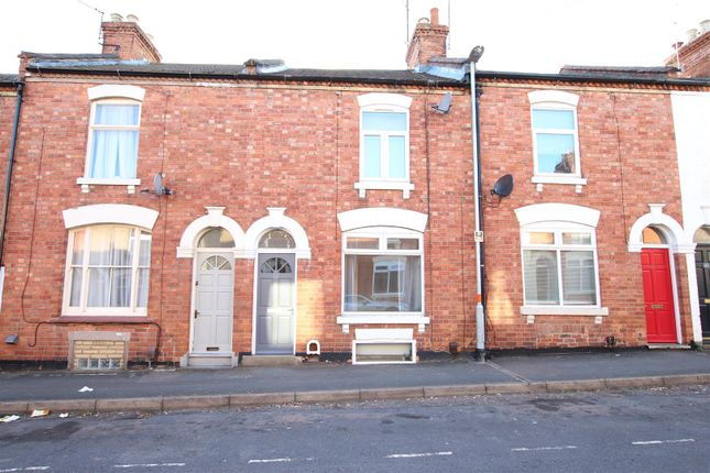 Thumbnail Terraced house to rent in Queens Road, Northampton