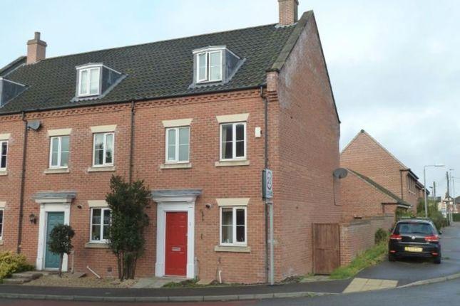 Thumbnail Town house to rent in Trafalgar Way, Diss, Norfolk