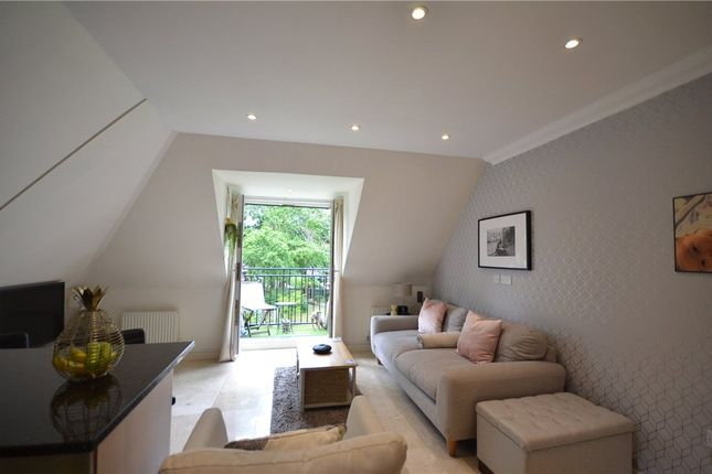 Living Alt of Wellington Mansions, Ardwell Close, Crowthorne RG45
