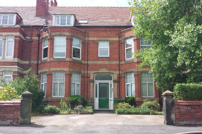 Thumbnail Flat to rent in Cable Road, Hoylake, Wirral