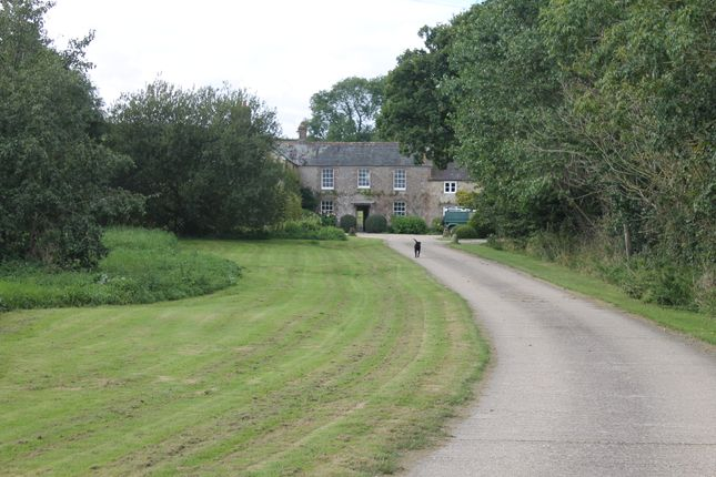 Thumbnail Farmhouse to rent in Chilfrome, Dorset