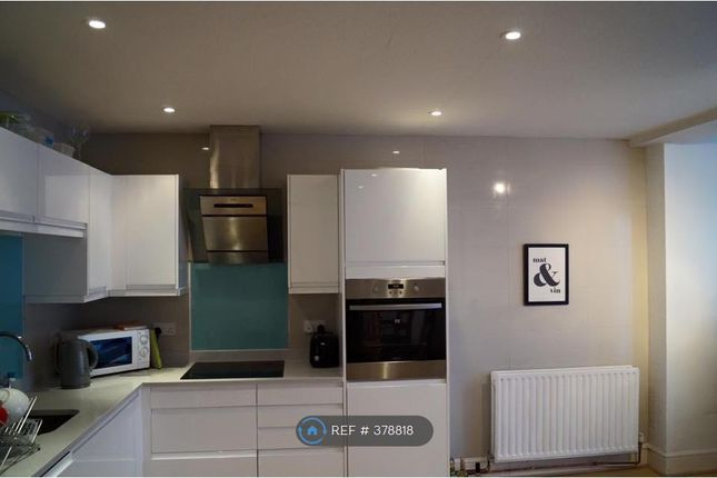Thumbnail Terraced house to rent in Danebury Avenue, London