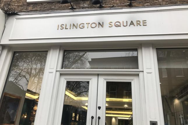 Thumbnail Flat for sale in Islington Square, London