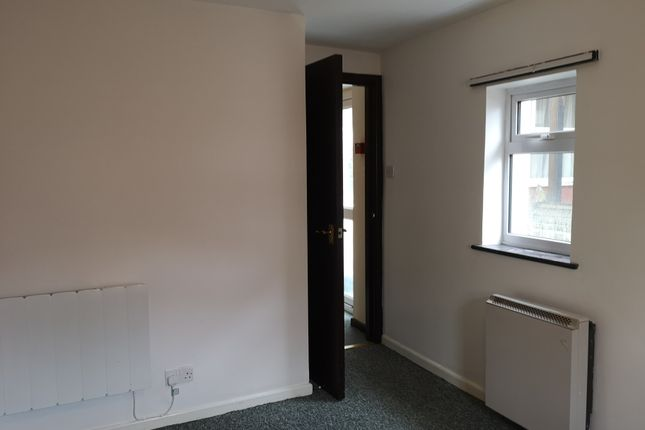 Bedroom of Denmark Road, Lowestoft NR32